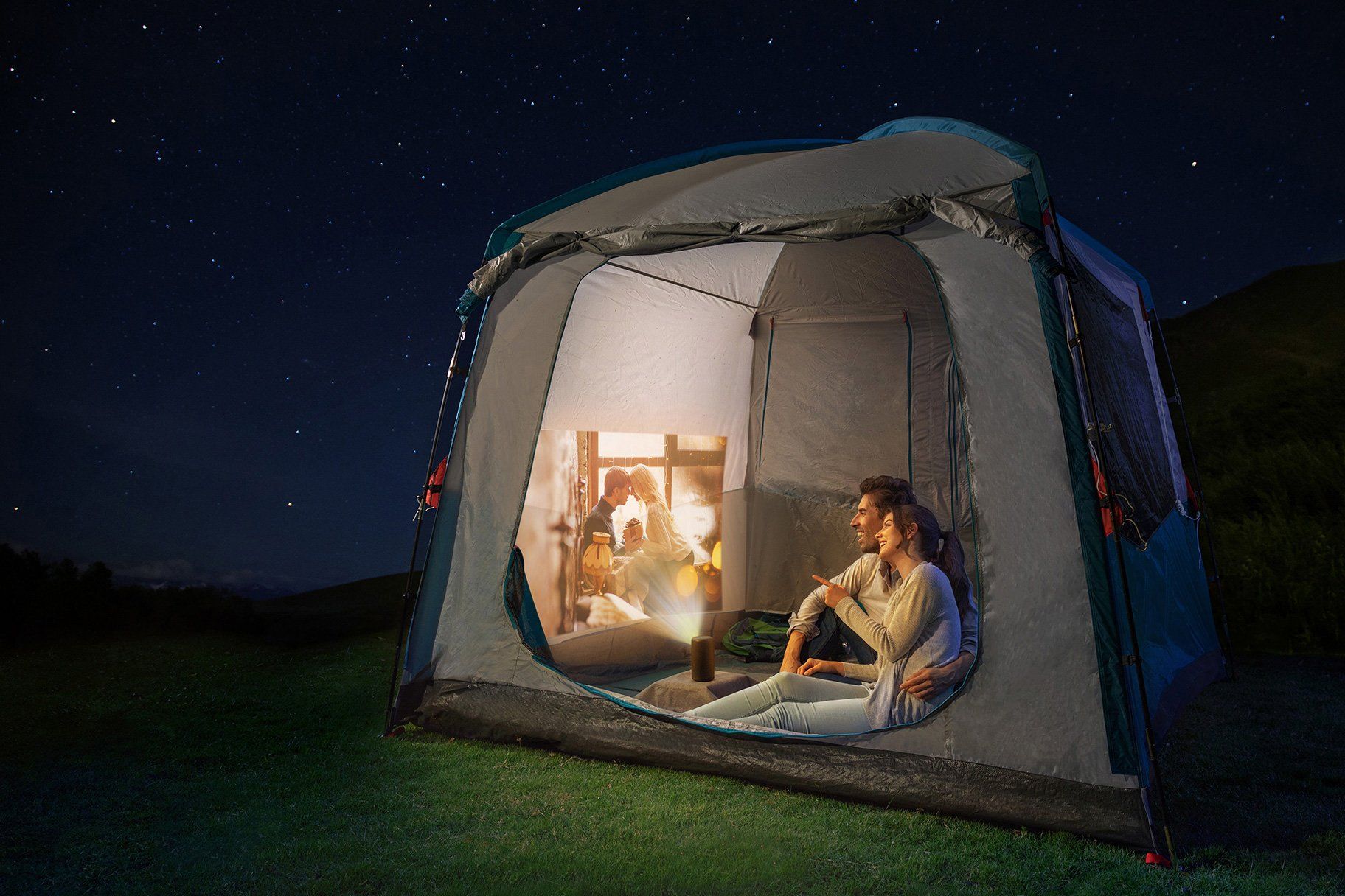camping with mini projector